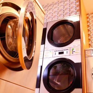 Na co zwracać uwagę wybierając pralnię dla firmy?